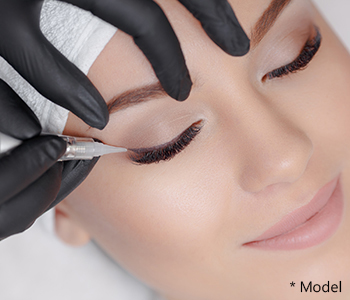 Dr Dass describes what is blepharoplasty surgery